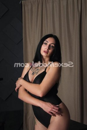 Ana-rose massage sexe escorte
